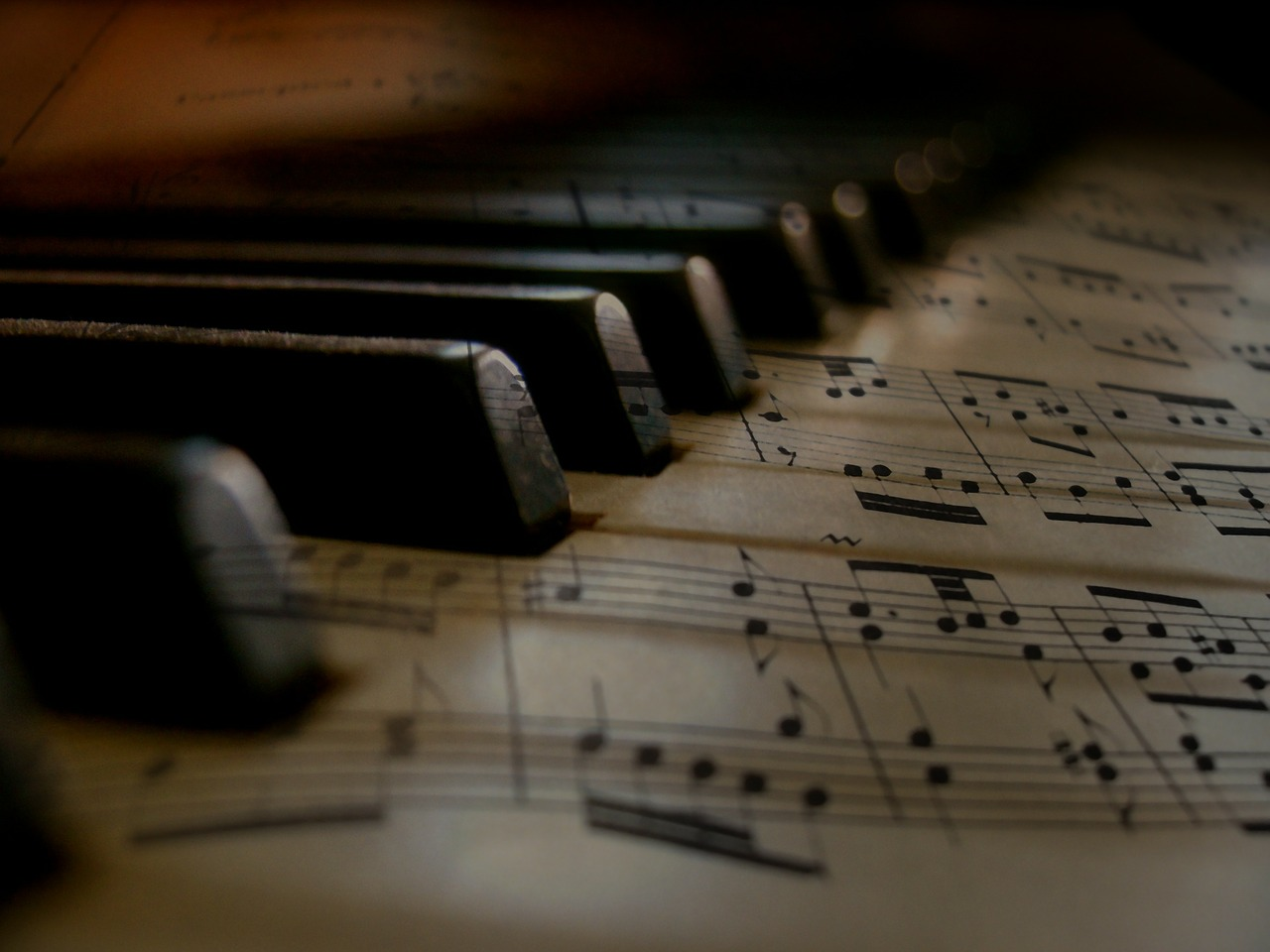 music-279333_1280.jpg